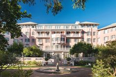 It takes a special hotel to pull focus from Cape Town's Table Mountain when it lies just in the shadow of it, and the Belmond Mount Nelson Hotel, with its pink facade- and a history as colorful- is nothing if not special. Pink Hotel, Beautiful Hotels, Beautiful Beautiful, House Beautiful, Hotel Specials, Pink Palace, Cape Town South Africa, Weekends Away, Old World Charm