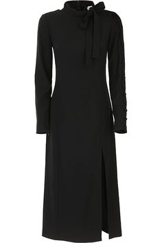 Maxi Outfits, Funky Outfits, Chic Outfits, Red Valentino Dress, Valentino Clothing, Kate Middleton Outfits, Virtuous Woman, Black Long Sleeve Dress, Winter Dresses
