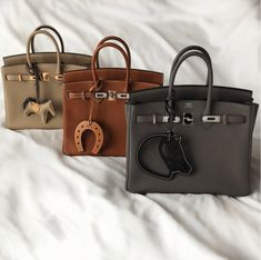After doing a substantial amount of research we came up with the five most searched for designer bags online. Hermes Birkin, Hermes Kelly Bag, Hermes Bags, Hermes Handbags, Purses And Handbags, Replica Handbags, Luxury Bags, Luxury Handbags, Designer Handbags
