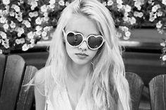 <3 glasses