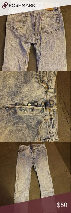Vintage Levis 501 Acid Washed Jeans Mens 30 x 32 Button Fly Acid Washed Jeans circa mid 1990s. Red tag still intact on back pocket. Levi's Jeans Straight