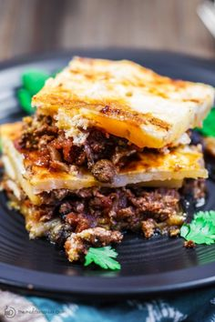 MOUSSAKA Recipe: A layered EGGPLANT Casserole w/potatoes + a hearty spiced meat sauce nestled in between. All topped with a thin cheese-based topping. Step-by-step photos will guide you through cooking this GREEK comfort FOOD! Lamb Recipes, Greek Recipes, Meat Recipes, Cooking Recipes, Mediterranean Dishes, Mediterranean Diet Recipes, Tex Mex, Hamburger Meat Casseroles, Veggies