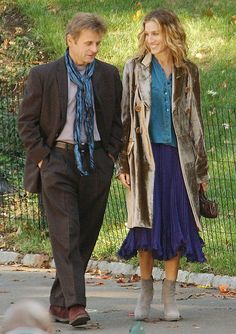 Carrie Bradshaw, Sex and the City, Get the Look, Trends City Outfits, Tv Show Outfits, Fall Outfits, Fashion Outfits, City Fashion, Carrie Bradshaw Hair, Carrie Bradshaw Outfits, Winter Coats Women, Night Looks