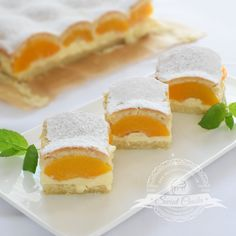 Świat Ciasta: Kruche ciasto z brzoskwiniami i budyniem Polish Cake Recipe, Sweet Recipes, Cake Recipes, Homemade Sweets, Health Desserts, Creative Food, Yummy Cakes, Baked Goods, Bakery