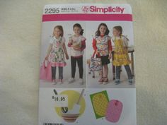 Simplicity Child's Apron Bag Potholder and by KCDesignandBuild, $3.00