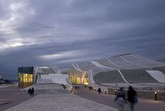 Galeria de A Cidade da Cultura / Eisenman Architects - 3