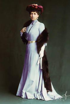 Regina Maria Descendants, Edinburgh, Royals, Victorian, Dresses, Fashion, Vestidos, Moda, Fashion Styles