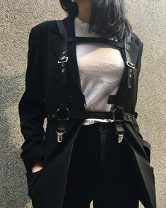 Find images and videos about girl, fashion and style on We Heart It - the app to get lost in what you love. Kpop Outfits, Edgy Outfits, Korean Outfits, Grunge Outfits, Girl Outfits, Cute Outfits, Fashion Outfits, Kleidung Design, Mode Grunge