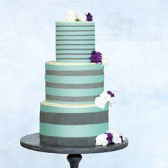 Eine besondere Torte für einen besonderen Tag: Diese Torte ist modern und extravagant. Sie kann in vielen Farben zubereitet werden, klassisch wird sie...