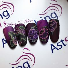 One stroke painting nail art