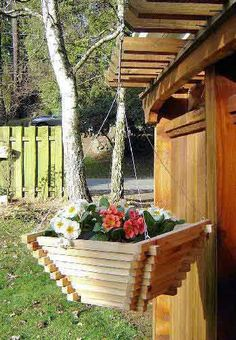 Unique and Beautiful Pyramid Wooden Planter Decoration Hanging Planter Boxes, Cedar Planter Box, Basket Planters, Hanging Baskets, Wood Pallet Planters, Picnic Table Plans, Wood Patio Furniture, Wood Shop Projects, Plant Box