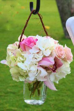 Flowers for an outdoor wedding. Aisle Flowers, Cut Flowers, Beautiful Flowers, Wedding Flowers, Wedding Bouquets, Wedding Ceremony, Our Wedding, Dream Wedding, Wedding Ideas