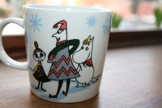 "Moomin seasonal mug 2010 ""Skiing Competition"". Mug nr. 51. This is the back side."