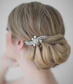 esküvői fejdíszek, hajékszerek - esküvői tarkókonty hajékszerrel
