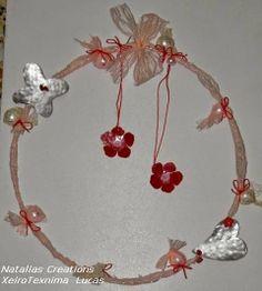 . Christmas Diy, Christmas Ornaments, Paper Cutting, Holiday Decor, Home Decor, Gifts, Xmas Ornaments, Homemade Home Decor, Christmas Makes