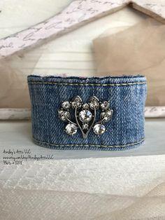 Denim Rhinestone Cuff / Women's Bracelet Denim Bracelet, Denim Earrings, Fabric Bracelets, Fabric Jewelry, Cuff Bracelets, Recycled Bracelets, Jewelry Crafts, Handmade Jewelry, Jewelry Box