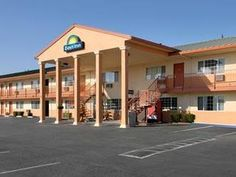 Red Bluff (CA) Days Inn Red Bluff United States, North America Located in Red Bluff, Days Inn Red Bluff is a perfect starting point from which to explore Red Bluff (CA). Both business travelers and tourists can enjoy the hotel's facilities and services. Service-minded staff will welcome and guide you at the Days Inn Red Bluff. Designed for comfort, selected guestrooms offer air conditioning, heating, desk, alarm clock, telephone to ensure a restful night. Enjoy the hotel's rec...