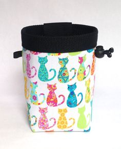 cat chalk bag, rock climbing, kitty chalk bag