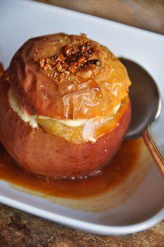 Saveur d'antan Consommées crues ou cuites, les pommes (de préférence « bio » ) sont une source de bienfaits pour notre santé. Voici donc un dessert simple et bon marché qui vous rappellera sans doute des souvenirs d'enfance. N'hésitez pas marier les épices...