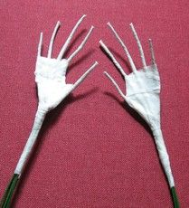 Building armature for doll hands