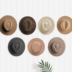 Home Decor - Hat Wall. Looking for that perfect piece of art of your wall or some DIY inspiration for a bare wall in your living room or bedroom? Try a Will & Bear hat wall! Do It Yourself Inspiration, Home Decor Inspiration, Decor Ideas, Decoration Bedroom, Diy Home Decor, Home Reno, First Home, Home And Living, Living Room