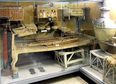 Beds, chests, stools, ancient Egyptian small furniture on display at the Turin Egyptian museum, Italy. Life In Ancient Egypt, In Ancient Times, Ancient Art, Ancient History, Egyptian Kings, Egyptian Art, Egypt Design, Modern Egypt, Amenhotep Iii
