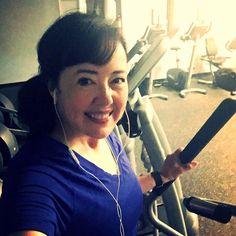 With my Achilles still tweeking I'm on the elliptical and strength training today... I'll start running again in May! #womenrunningcommunity #wrc #runbeautiful #girlsrunfast #momsrun #bbggirls #fangirl #p90x #fitfluential #influenster #hammerandchisel #shakeology #fitlondoners #werunhappy #werunsocial #instarunner #strongnotskinny #fitness #runthisyear #instarun  #sweatpink #worldrunners #fitfam #runtoinspire #saltlife #irunthisbody by thekesselrunner