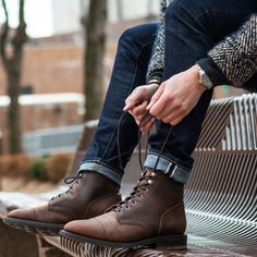 Conquer the British Winter With Our Pick of The 7 Best Weatherproof Boots for 2020 – PolyTrendy Leather Boots, Lace Up Boots, Mens Boots Fashion, Mens Boots Style, Mens Casual Boots, Men's Fashion, Winter Boots Outfits, Stylish Mens Outfits, Mens Caps