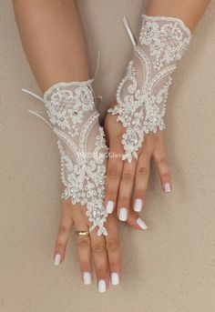 Weddinggloves // Unique very elegant Ivory free by WEDDINGGloves, $45.00