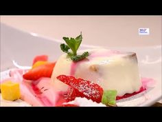 Рецепт приготовления панакоты на сметанной основе  «Панакота» - нежнейший итальянский десерт, напоминающий по вкусу сливочное желе. Переводится словосочетание «Panna Cotta», как «варёные сливки».   #панакота #ПаннаКотта #десерты #десерт #рецепты #рецепт #ПанакотаЭто #ИтальянскаяКухня #ВкусныеРецепты #ПростыеРецепты #ДомашниеРецепты #кулинария #КулинарныеРецепты #легкийДесерт