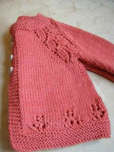 Child Knitting Patterns Free Knitting Sample Baby Knitting Patterns Supply : Soft Coral Sweater - Free Pattern by Knitted Baby Cardigan, Knit Baby Sweaters, Knitted Baby Clothes, Baby Knits, Toddler Sweater, Girls Sweaters, Knitting For Kids, Double Knitting, Free Knitting