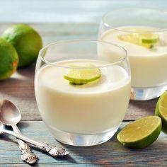 Aprende a preparar postre de limón fácil con esta rica y fácil receta. Un postre delicioso y práctico, ideal para un día casual o impresionar al final de una comida...