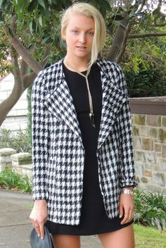 Weekend Checked Coat $55 | Fashion, sale, clothing, boutique, online boutique, model, fashion blogger
