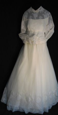 Vintage 1960s Bride's Gown