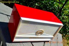 BLUETOOTH MP3 READY - Red and White Mid Century Retro Jetsons 1957 Truetone Model DC2854 Tube AM Radio Works!