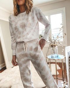 Fashion Round Neck Printed Long Sleeve Sweatshirt Two-Piece Set tie dye Tie Dye Outfits, Casual Outfits, Cute Outfits, Fashion Outfits, Tomboy Outfits, Cozy Fashion, Emo Outfits, Punk Fashion, Fall Fashion