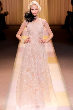 Armani Privé Fall 2013 Couture Collection - Vogue