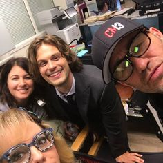 More pictures from tonight's episode which includes proof of @gublergram 's return, me reading all the lines in the car scene from the trunk and how obsessed I am with @pagetpagetgram that I take pictures of pictures of her....