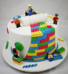 Awesome 20 Cute Birthday Cake Designs http://www.designsnext.com/?p=30887