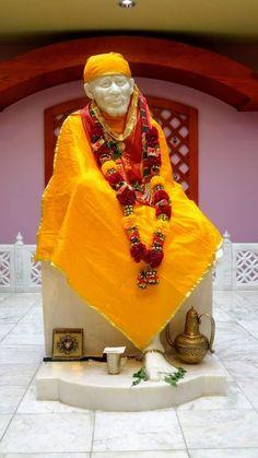 Sai Baba Hd Wallpaper, Lord Shiva Hd Wallpaper, Photo Wallpaper, Sai Baba Pictures, God Pictures, Shirdi Sai Baba Wallpapers, Glasses Outfit, Sai Baba Quotes, Lord Ganesha Paintings