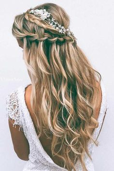 33 Most Popular Hairstyles for Weddings to Look Incredible Want to see the most gorgeous hairstyles for weddings? Then be ready to hold your breath with amazement. Our photo gallery is unbelievable!http://glaminati.com/hairstyles-for-weddings/