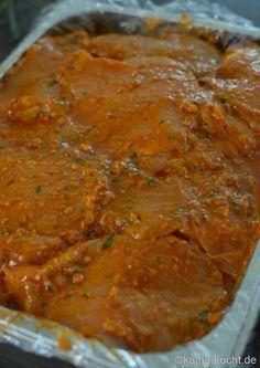 Keine Lust auf fertig mariniertes Fleisch? Dann ist dieses Rezept für eine einfache Paprikamarinade zum Grillen genau das Richtige!