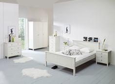 Steev Bett  Im skandinavischen Einrichtungsstil wird viel Wert auf Naturprodukte und Handarbeit gelegt.Die Natur ist ein großes Vorbild für das skandinavische Design. Einheimische Hölzer als Materialien, aber...