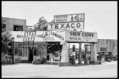 Texaco Station Petroliana Vintage Gas Station Gas Pumps Advertising Coca Cola Grapes of Wrath Old Gas Pumps, Vintage Gas Pumps, Grapes Of Wrath, Gas Service, Nostalgic Images, Retro Photography, Old Gas Stations, Old Country Stores, Filling Station