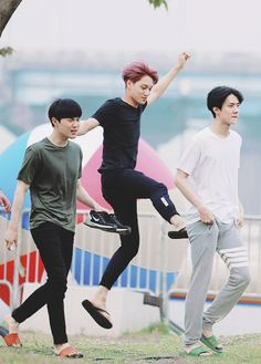 """Suho, Kai and Sehun Kai is like: """"Pretty fairy coming through"""" Sehun: """"Excuse them, they're missing out on medication."""" Suho: """"KRIS YOU DOG LEAVING ME WITH THE KIDS!"""" >>> are we going to ignore the fact that Kai is tryna hit Sehun's ass? Kpop Exo, Exo Ot9, K Pop, 2ne1, Shinee, Sung Joon, Chanyeol Baekhyun, Sehun Hot, Exo Official"""