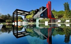 Modern contemporary house in Madrid