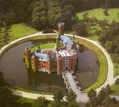 Kasteel Ten Berghe, Bruges. It's a B&B. You can stay there.