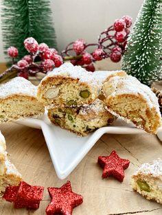 Zum dritten Advent habe ich dieses ganz besondere Rezept für alle #Stollen-Liebhaber gebacken. Die knusprig-zarten #Christstollen-#Cantuccini, nach einem Rezept des bekannten Fernsehkochs #JohannLafer, haben definitiv einen ziemlich großen Suchtfaktor. #Annibackt #Weihnachtsbäckerei Cakepops, Cupcakes, Feta, Advent, Dairy, Cheese, Cantuccini Recipe, Bakken, Cupcake Cakes