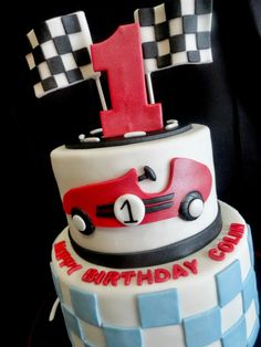 vintage race car cake DJI Pinterest Car cakes Cake and Birthdays
