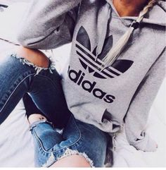 Adidas Women Shoes - Fashion Adidas Print Hooded Pullover Tops Sweater Sweatshirts - We reveal the news in sneakers for spring summer 2017 Mode Outfits, Winter Outfits, Casual Outfits, Christmas Outfits, Christmas Time, Ladies Outfits, Grunge Outfits, Look Fashion, Teen Fashion